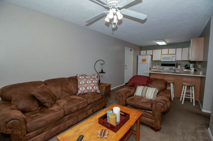 Cherry St. Townhomes 3BR