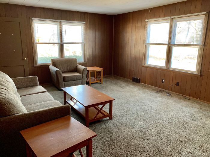 Marvelous Apartments For Rent In Bloomington Normal Interior Design Ideas Tzicisoteloinfo